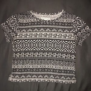 Aztec Cropped American Eagle shirt